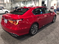 2018 Acura RLX side
