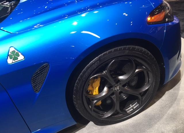Alfa Romeo Giulia Quadrifoglio front R panel