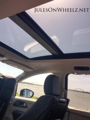 panoramic sunroof