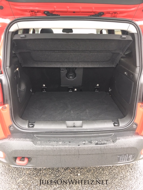 2019 Jeep Renegade Trailhawk cargo area